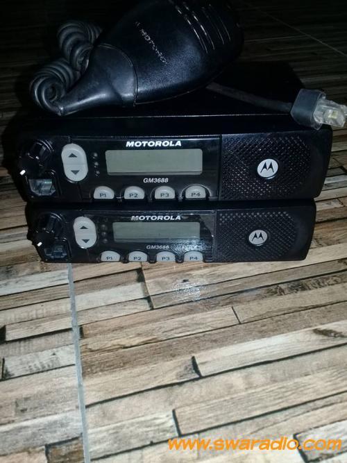 Dijual 2 Motorola Gm3688 Masih Mulus Dan LCD Depan Misih